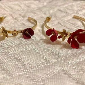 Fragments Flower Hoop Earrings In Gold #19 DISPLAY